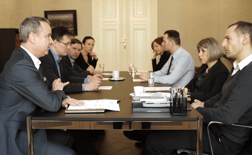 Rechtsanwalt Jörg Franzke mit Gläubigerausschuss im Schutzschirmverfahren