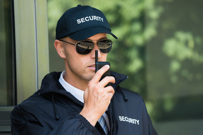Unternehmer Sicherheitsdienst ist froh wegen Schutzschirmverfahren